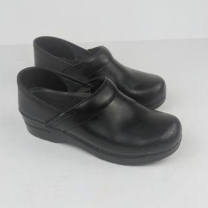 DANSKO Black Leather Clogs Sz 38